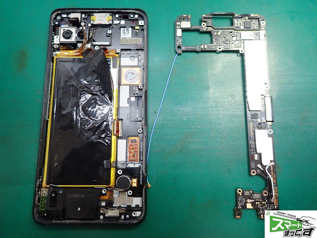 ROG Phone ZS600KL 基板取り外し