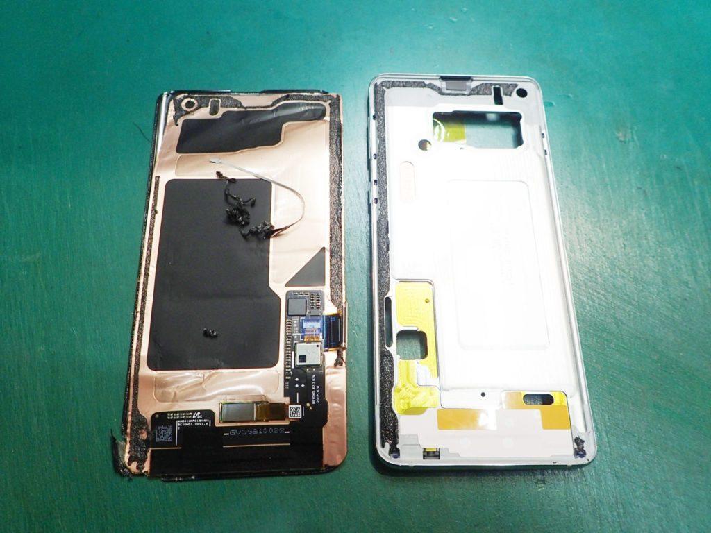 Galaxy S10 画面割れ 分解修理 ディスプレイ取り外し